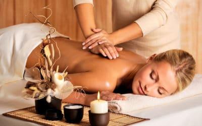 Як правильно робити масаж спини. Масажні прийоми та техніка