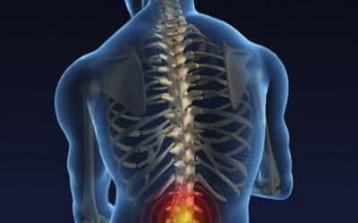 Біль у попереку. Як позбутись болі у поперековому відділі хребта за допомогою масажу?